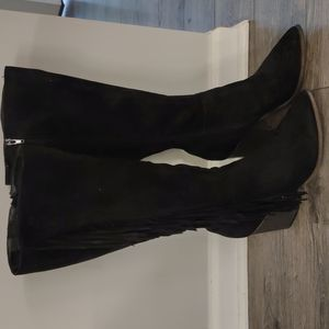 US. size 10 JUSTFAB black suede boots with fringe